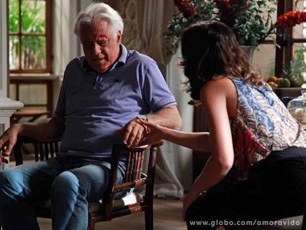 César se machuca (Foto: Ellen Soares/ TV Globo)