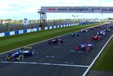 Simulação de corrida da Fórmula E em Donington Park