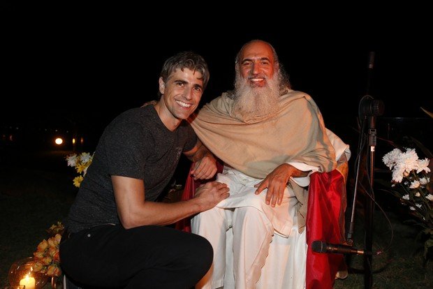 Reynaldo Gianecchini e Prem Baba (Foto: Felipe Panfili / AgNews)