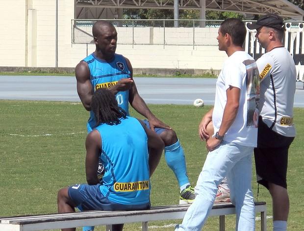 Seedorf, Andrezinho, Ricardo Henriques, Régis, Botafogo (Foto: Thales Soares / Globoesporte.com)