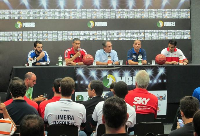 Cerimônia de abertura do NBB contou com uma coletiva de imprensa na Arena da Barra (Foto: Marcos Paulo Rebelo)