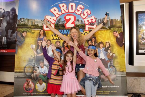 Katia Paganote em estreia do filme Carrosel (Foto: Marcos Ferreira /Brazil News)