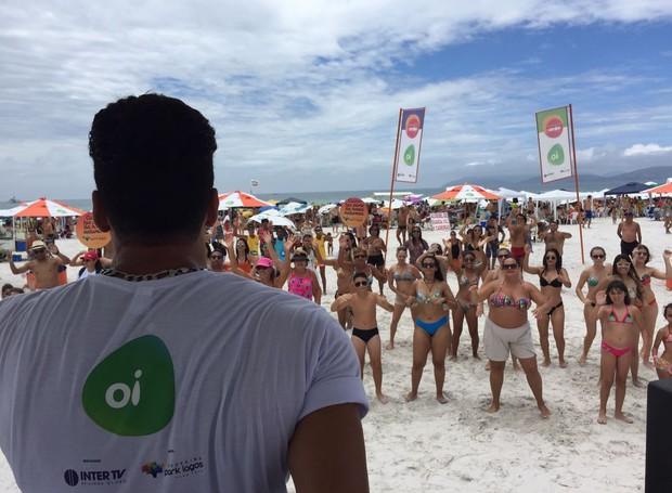 Moradores e turistas participaram da programação também no meio da semana, em Cabo Frio (Foto: Divulgação/Inter TV)