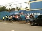 Alunos e professores fazem protesto contra OSs na Educação em Anápolis