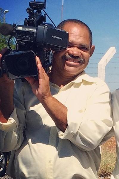 Anastácio Alves é cinegrafista da TV Grande Rio  (Foto: Arquivo Pessoal)