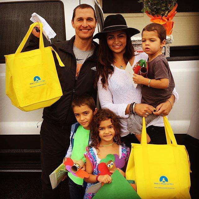 Camila Alves e sua família (Foto: Reprodução)