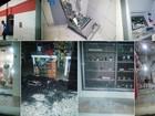 Quadrilha ataca banco, explode caixas e metralha lojas no interior do RN