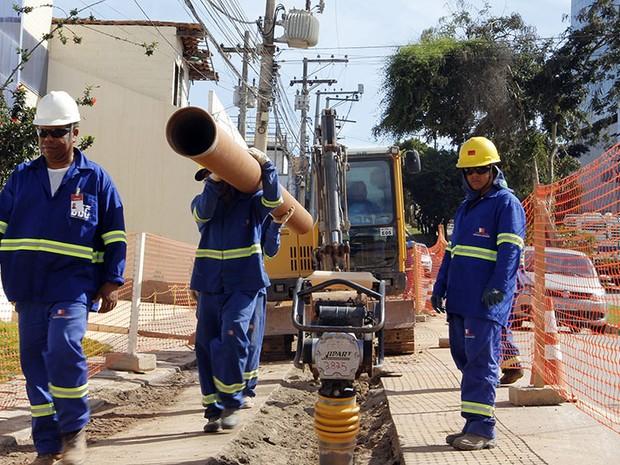 Obras de esgotamento em Macaé (Foto: Maurício Porão/Secom Macaé)