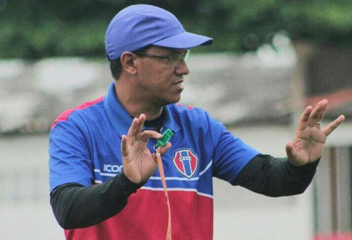 Técnico Cleibson Ferreira deverá repetir formação diante do Imperatriz (Foto: Maranhão / Divulgação)