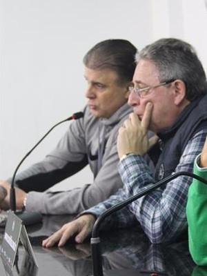 Blog Torcida Coritiba -  Rogério Portugal Bacellar e os vice-presidentes Dr. José Fernando Macedo e o Luiz Antonio Eugenio de Lima (Foto: Reprodução/Site oficial do Coritiba Foot Ball Club)