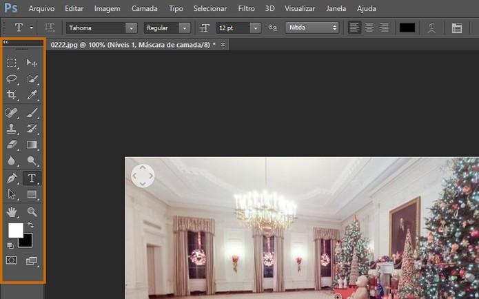 A barra de ferramentas do Photoshop CS6 fica na lateral esquerda (Foto: Reprodução/Barbara Mannara)