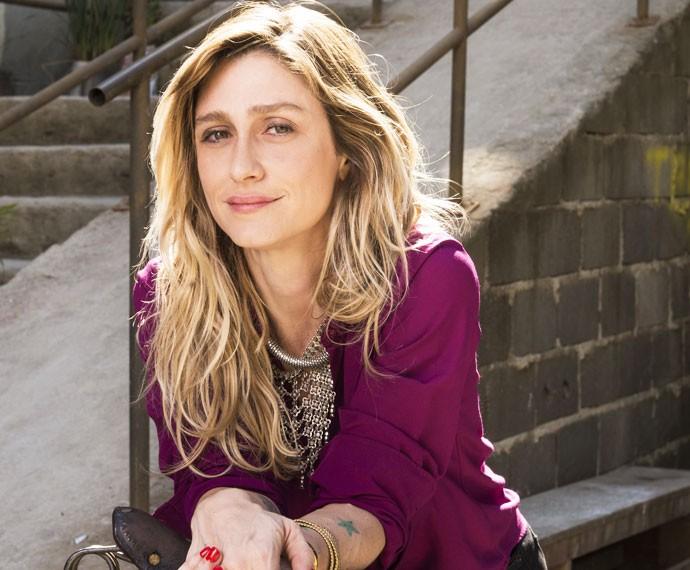 Após muitos trabalhos consagrados, Amora Mautner comanda 'A Regra do Jogo' (Foto: Globo/João Cotta)
