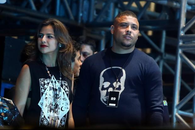 Ronaldo com a noiva Paula Morais (Foto: Manuela Scarpa/Photo Rio News)
