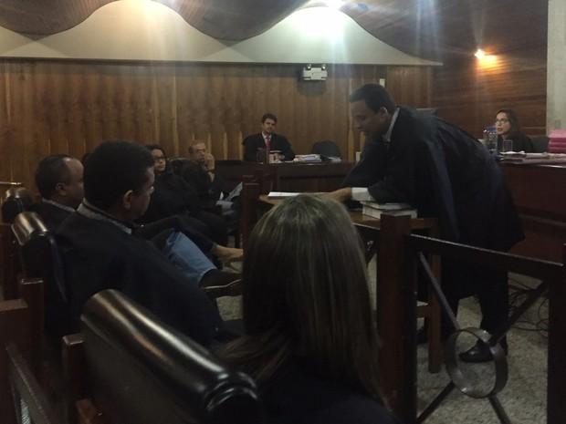 Hérick de Souza é advogado de defesa de vigilante apontado como serial killer (Foto: Murillo Velasco/G1)