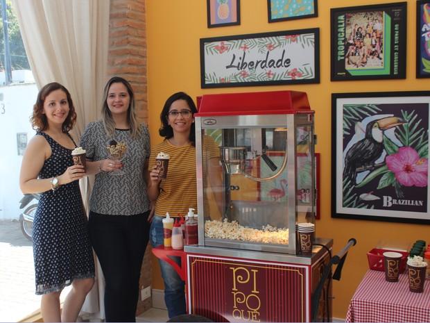 Empresárias conquistam  Teresina com pipocas de novos sabores  (Foto: Karynne Katiuzia/ G1)
