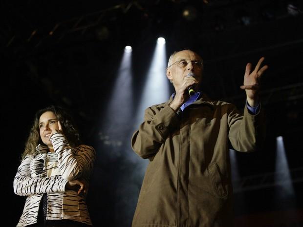 Senador Eduardo Suplicy no palco da Virada Cultural (Foto: Gabriela Biló/Futura Press/Estadão Conteúdo)