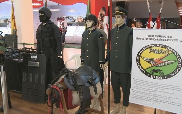 Exposição é uma das atividades da semana que a Polícia Militar comemora 97 anos. (Foto: Acre TV)