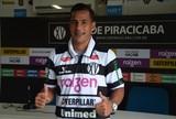 Entusiasmado com segunda chance, Gilsinho se empolga na volta ao XV