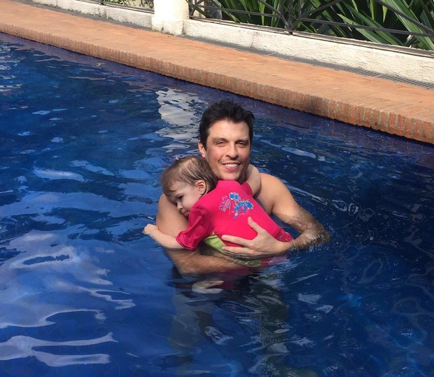 Wellington Muniz com a filha, Valentina (Foto: Reprodução / Instagram)