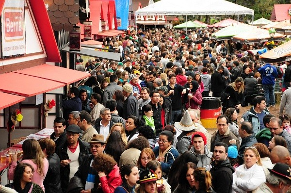 Bauernfest atraiu 250 mil visitantes em dez dias de evento no ano passado