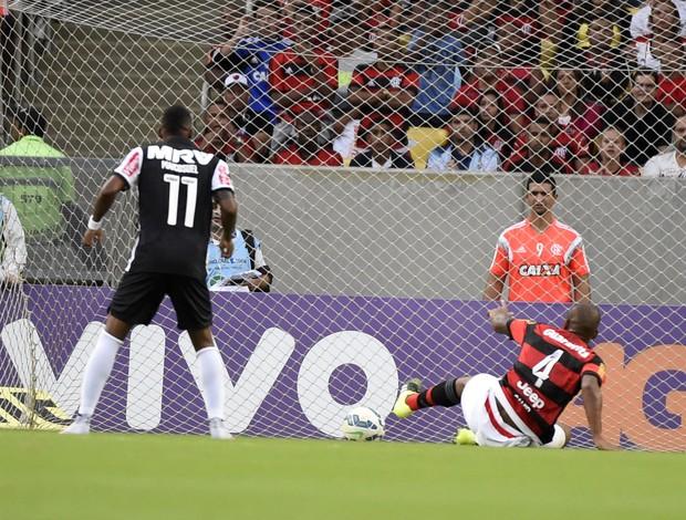 Samir gol contra Flamengo x Atlético-MG