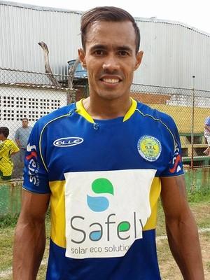 Ângelo Ferraz, novo zagueiro do Vilavelhense para a Copa ES (Foto: Richard Pinheiro/GloboEsporte.com)