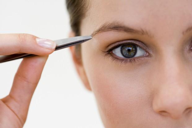 4 soluções rápidas para problemas na sobrancelha