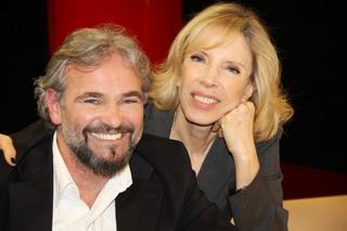 Mateus Carrieri e Marilia Gabriela (Foto: Carol Soares / SBT)