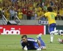 """""""Num nível acima"""": Willian ganha elogios de Juninho na Seleção"""