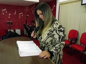 Viviane Brunieri prega o evangelho em todo o país (Foto: Ivair Vieira Jr/G1)