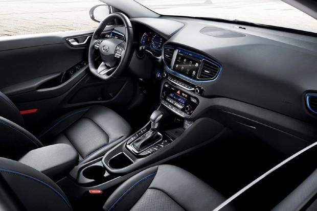 Hyundai divulga imagem do interior do Ioniq (Foto: Divulgação)