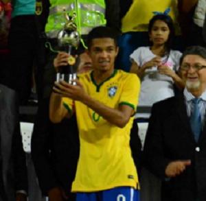 Vitinho Brasil sub-15 (Foto: Divulgação CBF)