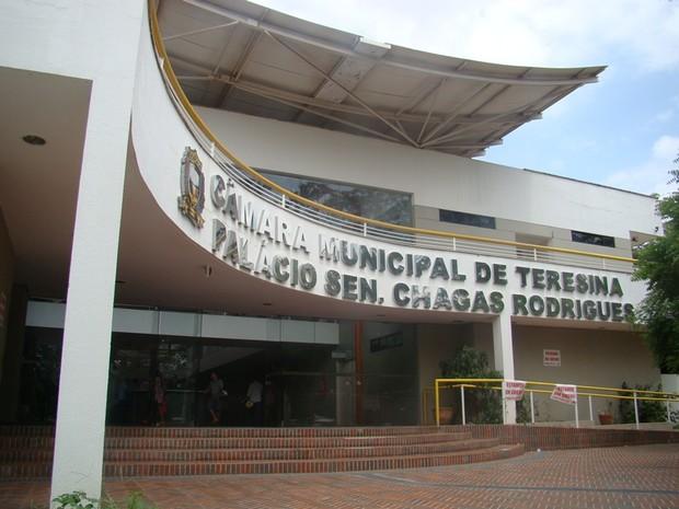 Resultado de imagem para fotos da camara municipal de teresina 2016