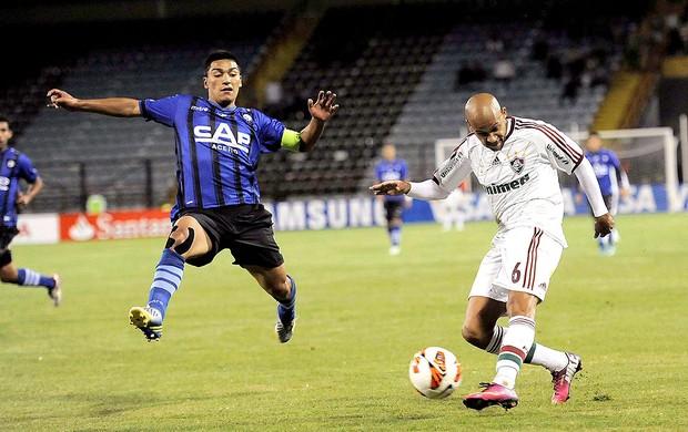 Carlinhos na partida do Fluminense contra o Huachipato (Foto: Reuters)