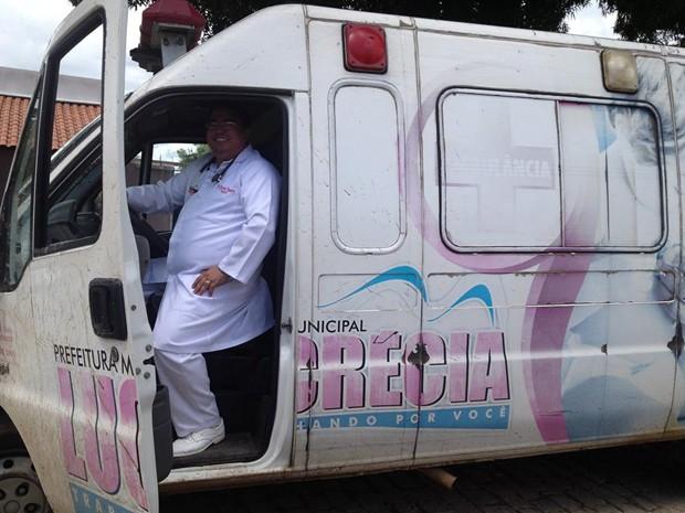 Ricardo Dantas transportou pacientes em ambulância por cinco anos em Lucrécia, RN (Foto: Arquivo pessoal/Ricardo Dantas)