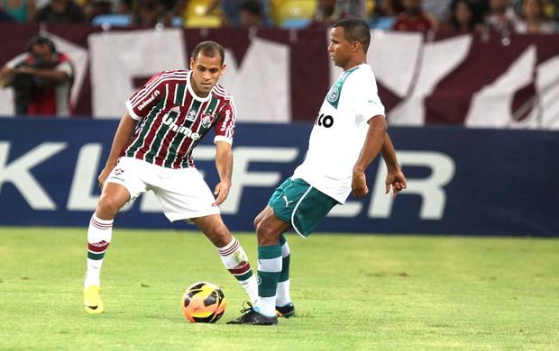 Carlinhos Fluminense e Goias (Foto: Ricardo Ayres / Photocamera)