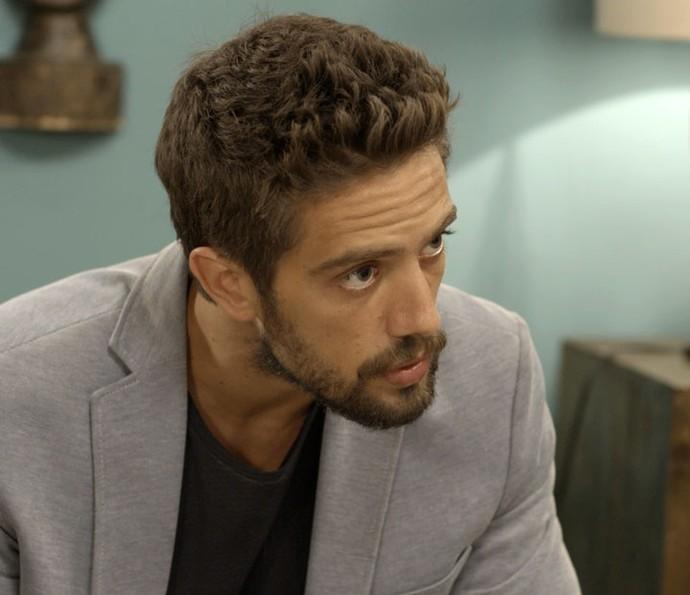 ... e César abre o coração (Foto: TV Globo)