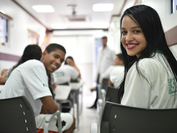 Estudantes em aula de curso profissionalizante do Senai (Foto: André Borges/Agência Brasília)