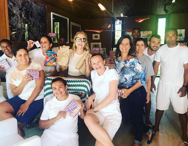 Angélica e sua equipe (Foto: Reprodução/Instagram)