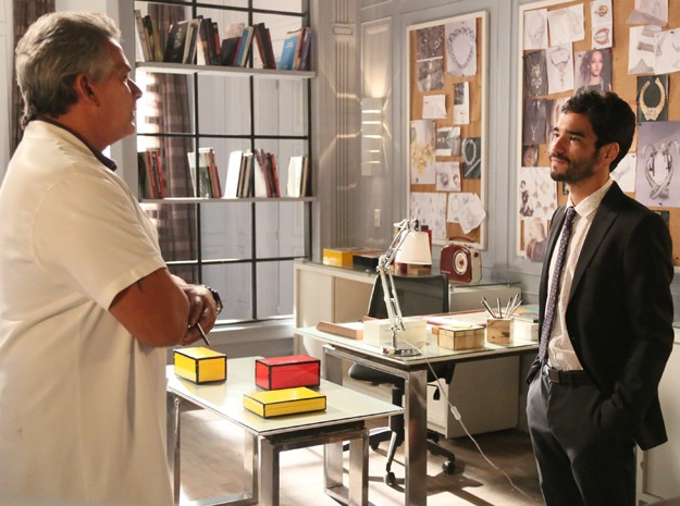 Zé Pedro diz que se Patrício não o ajudar, será demitido (Foto: Carol Caminha / Gshow)