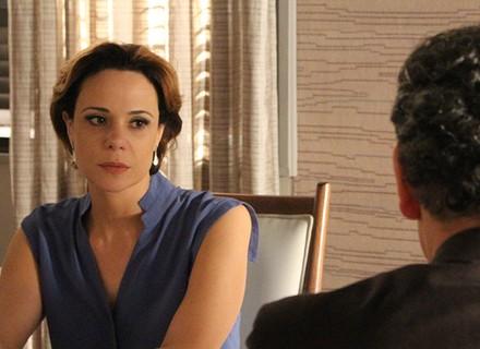 Ana questiona Miguel: 'O que você está escondendo de mim?'