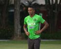 Regularizado no Coritiba, W. Matheus está fora do confronto com o Paraná