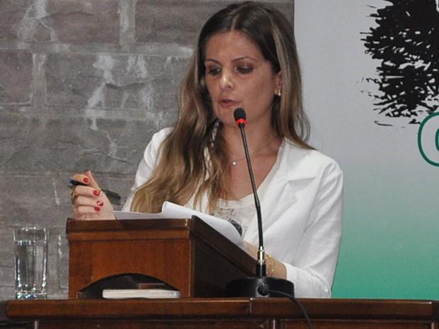 Jornalista se diz chocada e avalia que pedido fere constituição (Foto: Divulgação/ Câmara Antônio Prado)