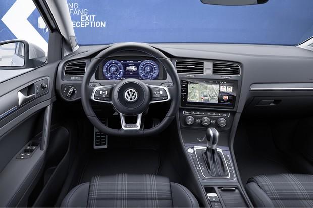Volkswagen Golf GTE 2017 (Foto: Divulgação)