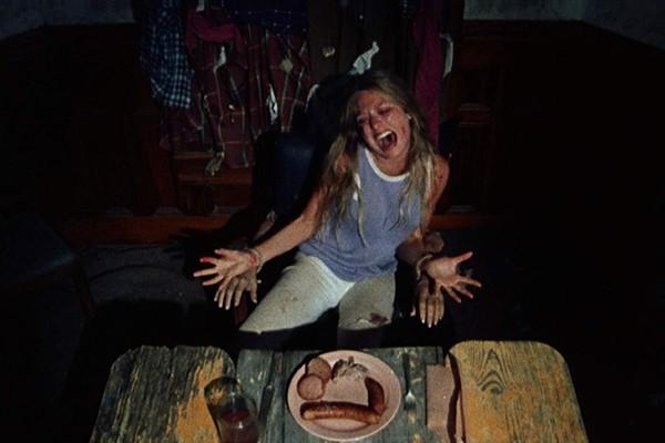 Marilyn Burns em O Massacre da Serra Elétrica (1974) (Foto: Reprodução)