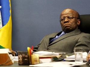 O presidente do Conselho Nacional de Justi&#231;a, ministro Joaquim Barbosa, durante sess&#227;o realizada nesta ter&#231;a (05) na sede da CNJ, em Bras&#237;lia.  (Foto: Beto Barata/Estad&#227;o Conte&#250;do)