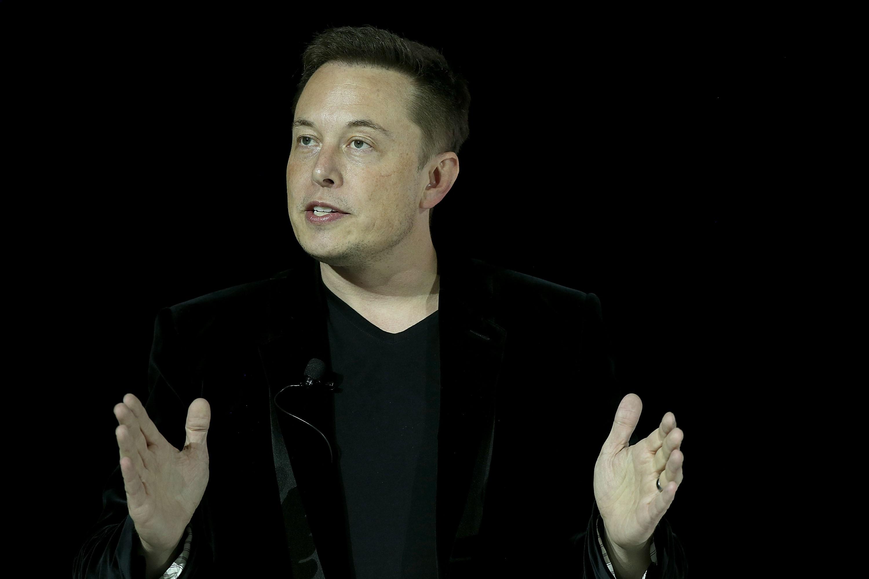Elon Musk, o multiempresário e magnata, agora quer se aventurar na neurociência (Foto: Getty Images/ Justin Sullivan)
