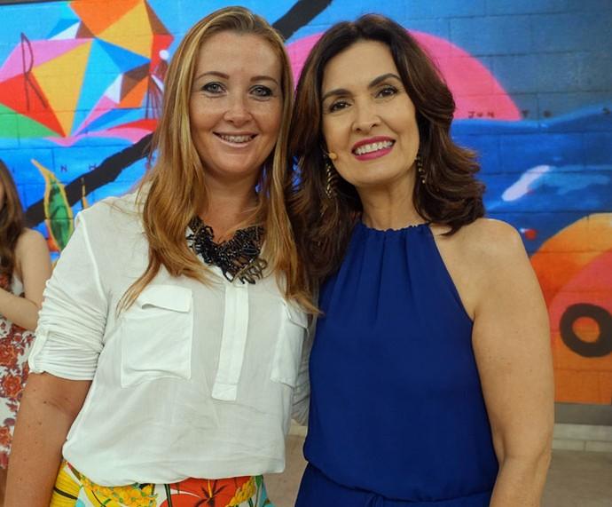 Convidada nos bastidores com a Fátima  (Foto: Carolina Morgado/Gshow)