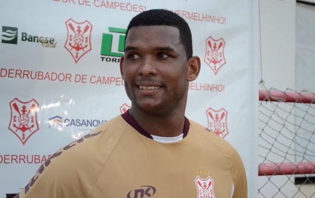 Marcão se recupera de lesão no ombro (Foto: João Áquila)