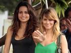 Nanda Costa e Carol Dieckmann gravam em praia do Rio e atraem fãs e curiosos